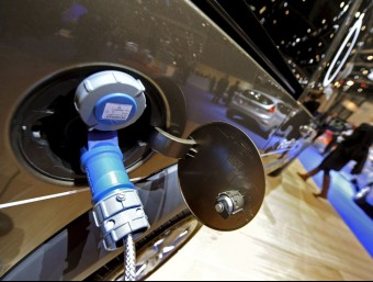 The electric car has gone from being a futuristic dream to a present reality, as more vehicles are registered every year. / EFE