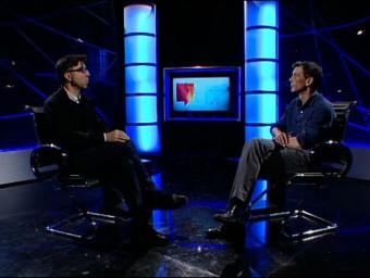 Toni Garcia talking to Neil Stokes on El Punt Avui TV. /  Foto:ARCHIVE